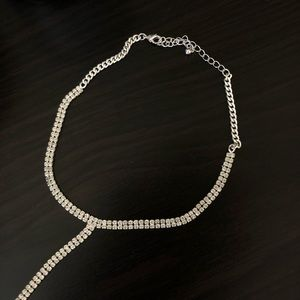 H&M Jewelry - sparkly chain choker necklace